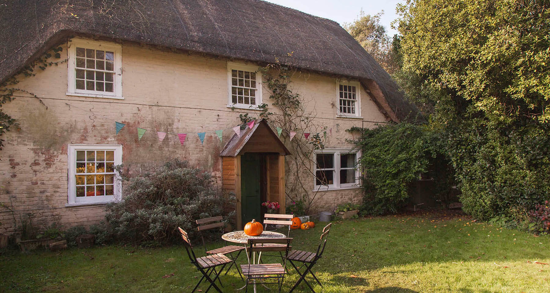 Thatched New Forest Cottage